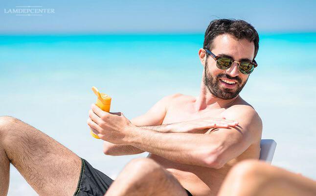Kem chống nắng cho nam tốt nhất